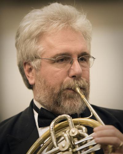 191121-yh-scene-symphonycolumn.jpg