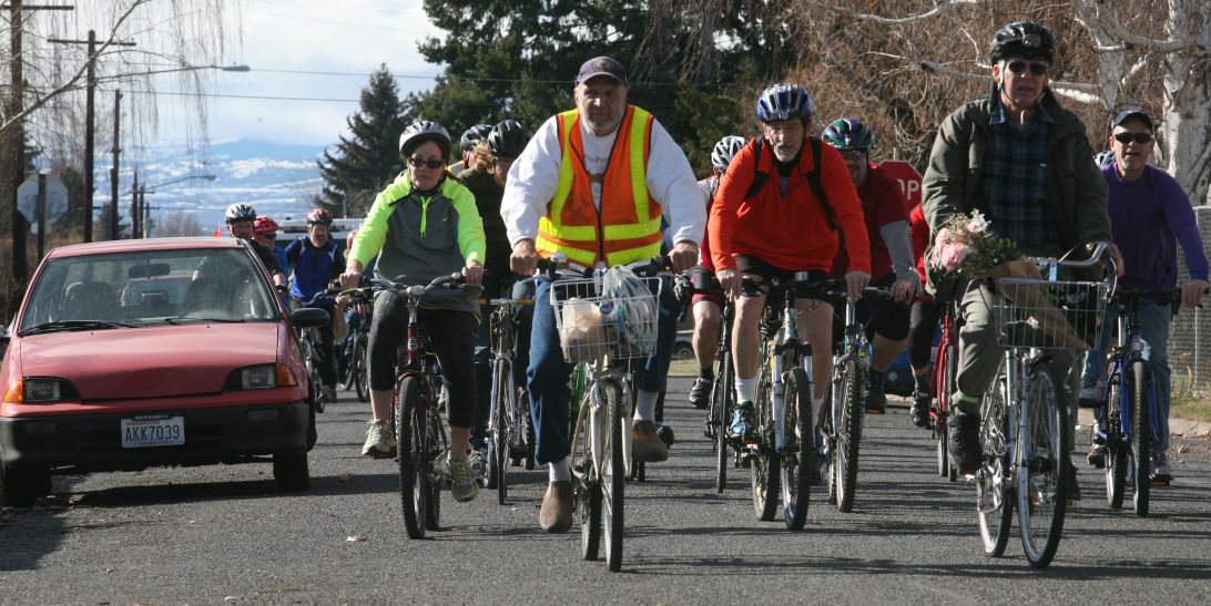 Memorial ride held for Yakima bicyclist killed in crash
