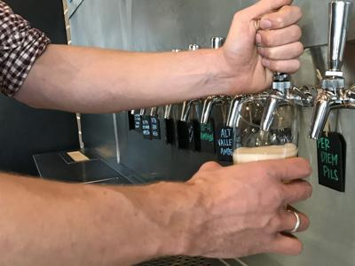 beercollaboration-YH-100418-4.jpg