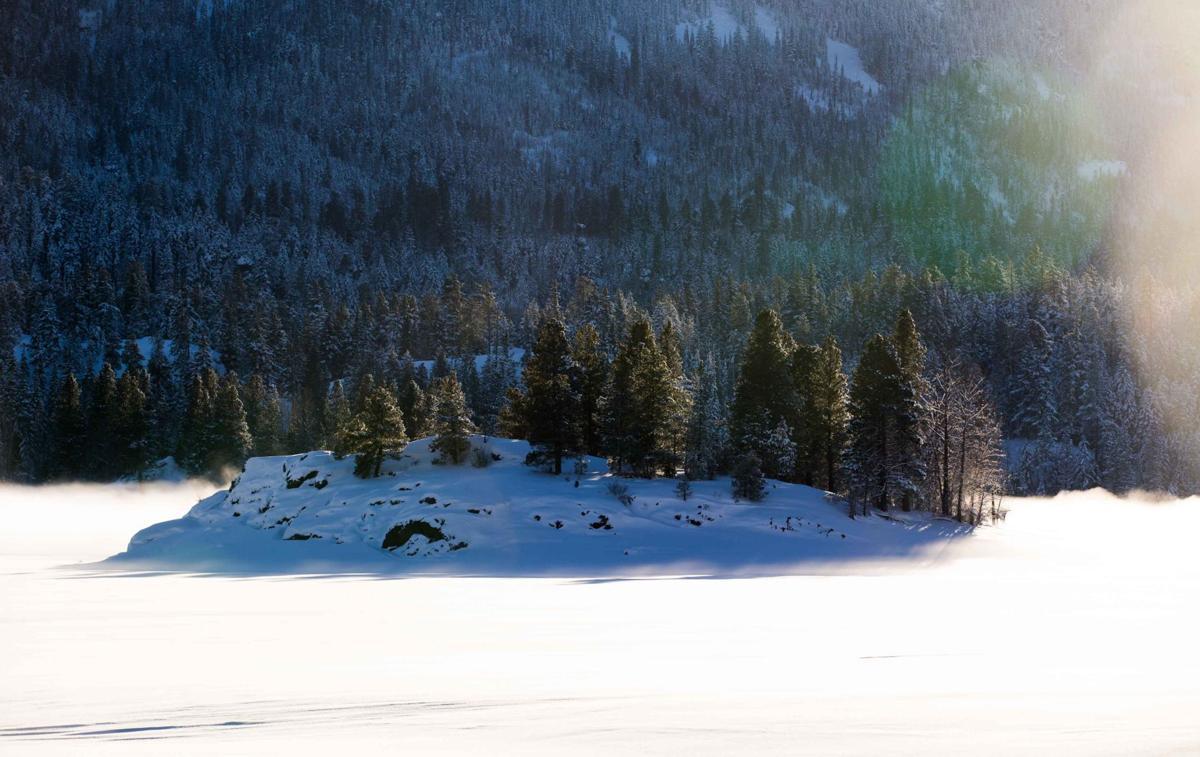 Snowfall-YH-011317-4.jpg