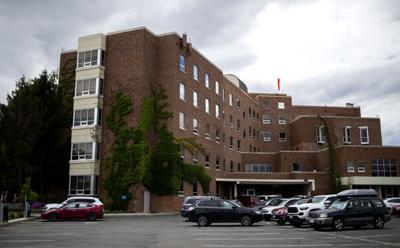 200625-yh-news-hospital-4.jpg