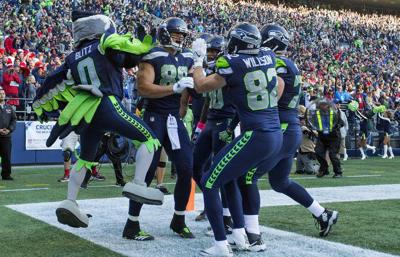 40752a3ccf5 Jimmy Graham finally playing like the tight end the Seahawks thought they  traded for