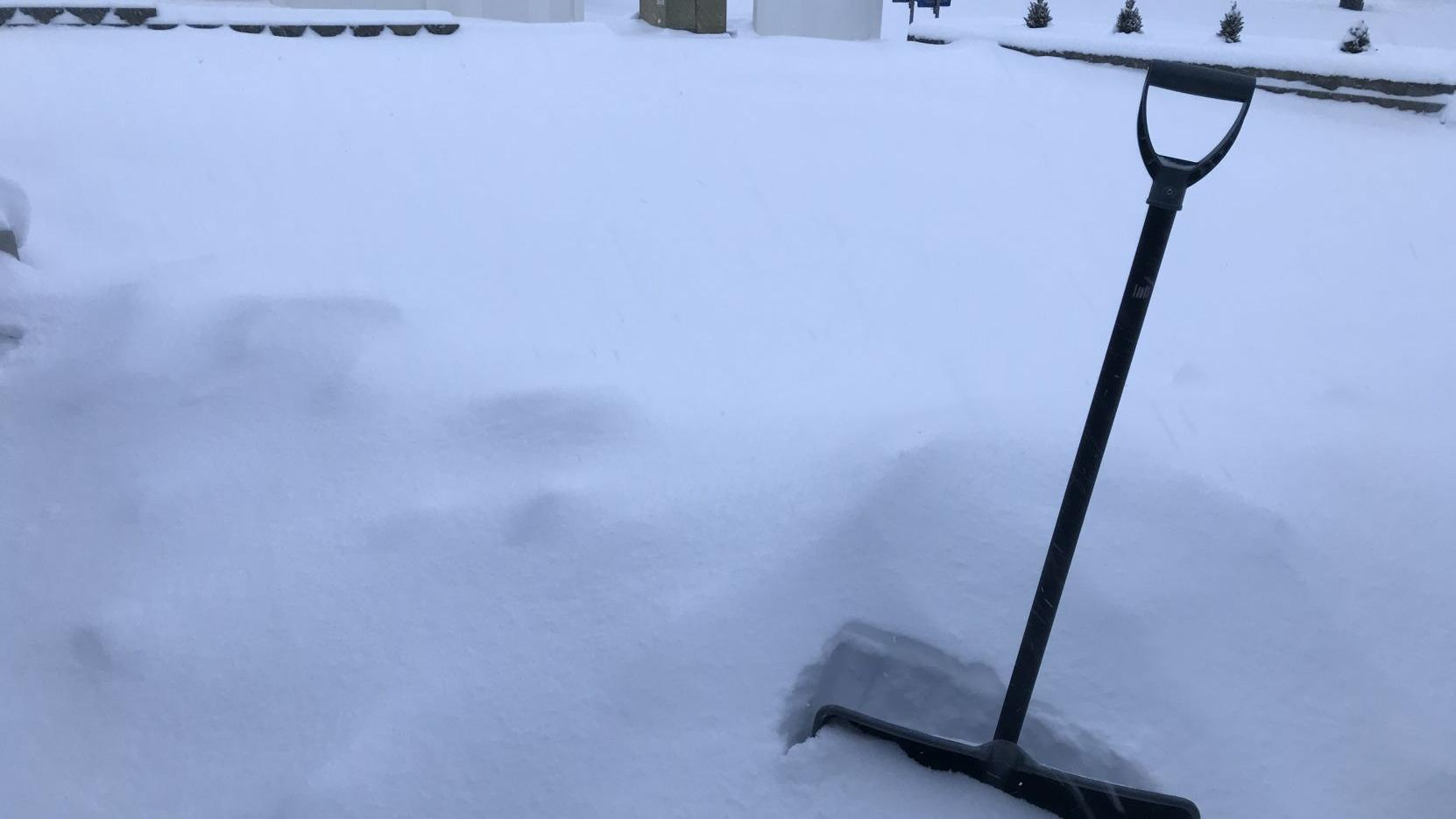 Yakima declares state of emergency due to snow, wind; storm knocks out power