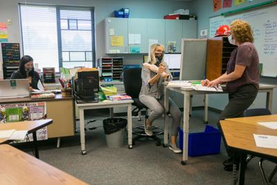 200929-yh-news-schools-3.jpg