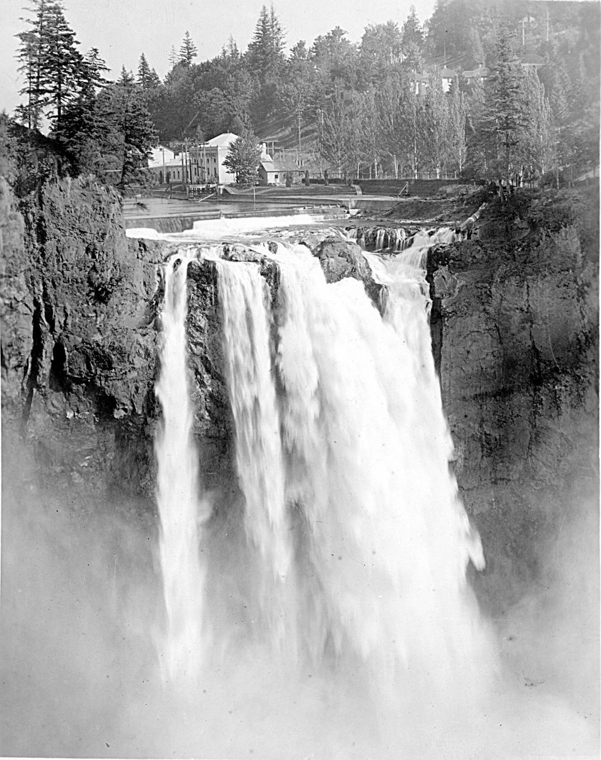190812-yh-news-historysnoqualmiefalls-img04
