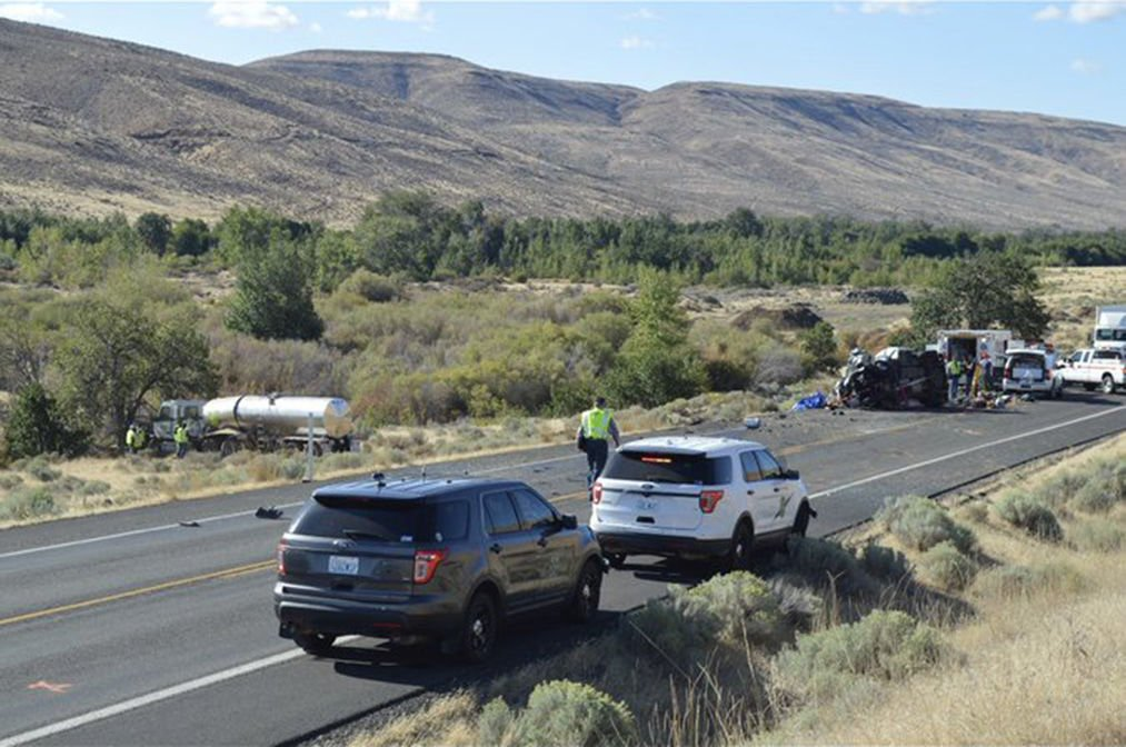 Three dead in crash on U S  97 south of Toppenish | Local