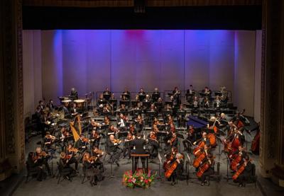 200917-yh-scene-symphonycolumn.jpg