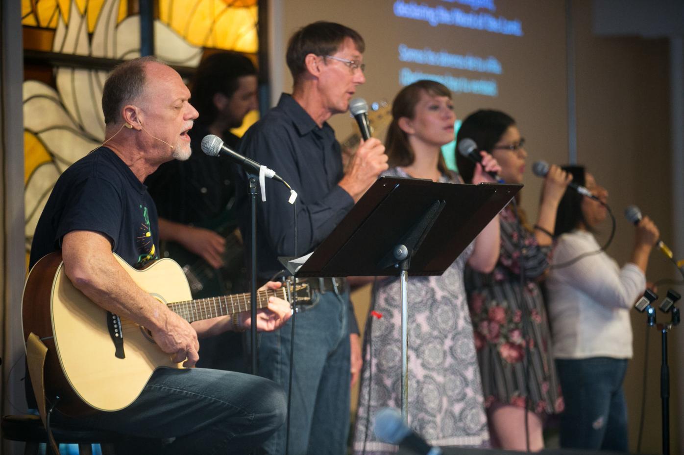 200601-yh-news-churchesstory-8.jpg