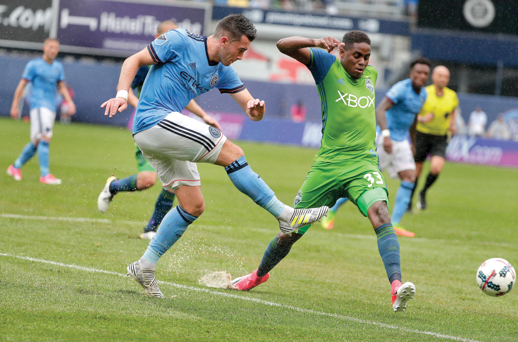 Sounders: Joevin Jones leaves club to join TT squad