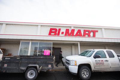 BiMartFire-YH-011817.jpg