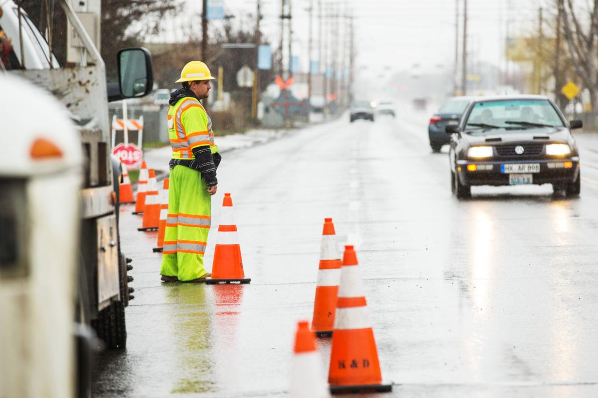 Traffic Control Flaggers Say Decent Pay Outdoor Work And Flexible