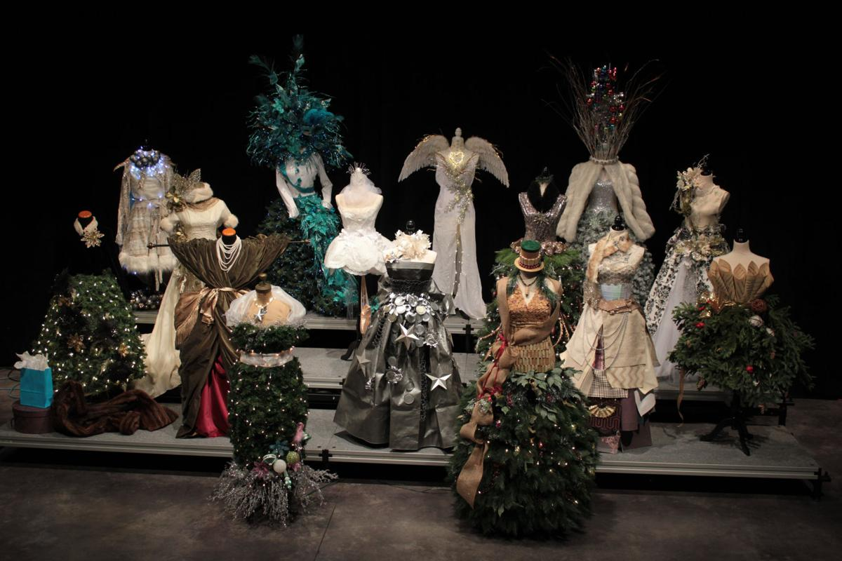 Dressing Up Holiday Spirit Capitol Theatre To Auction Off Dress