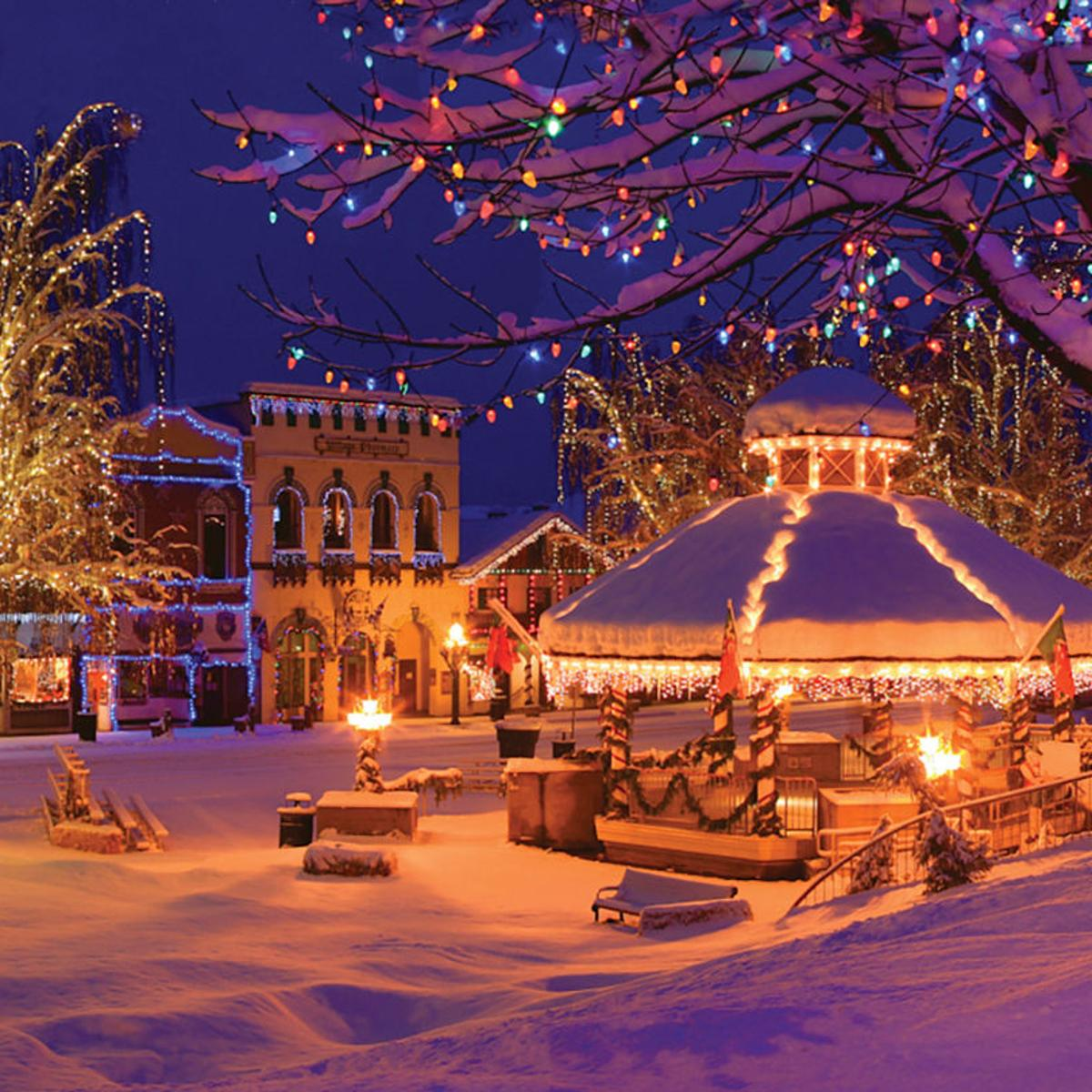 Leavenworth Washington Christmas.Leavenworth For The Holidays Regional Yakimaherald Com