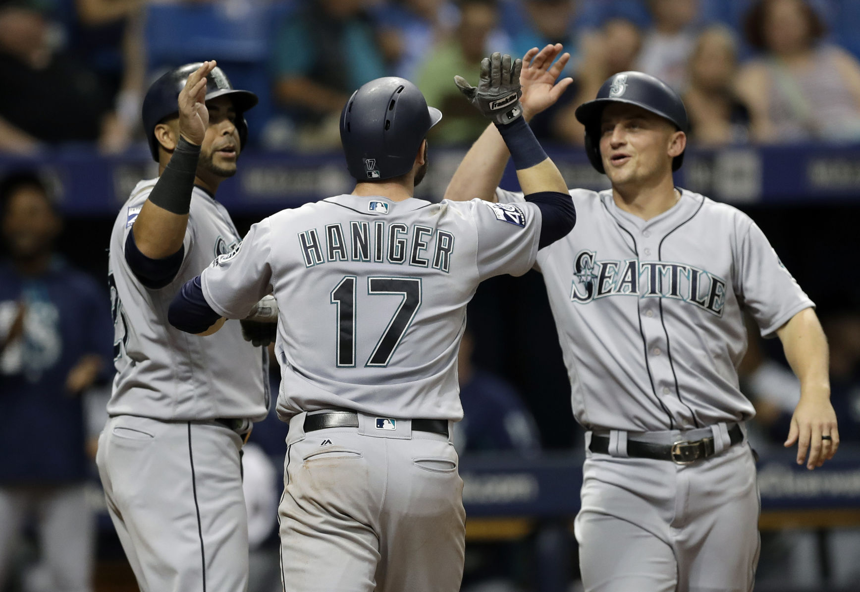 Cruz, Ramirez Lead Mariners Over Rays 7-1