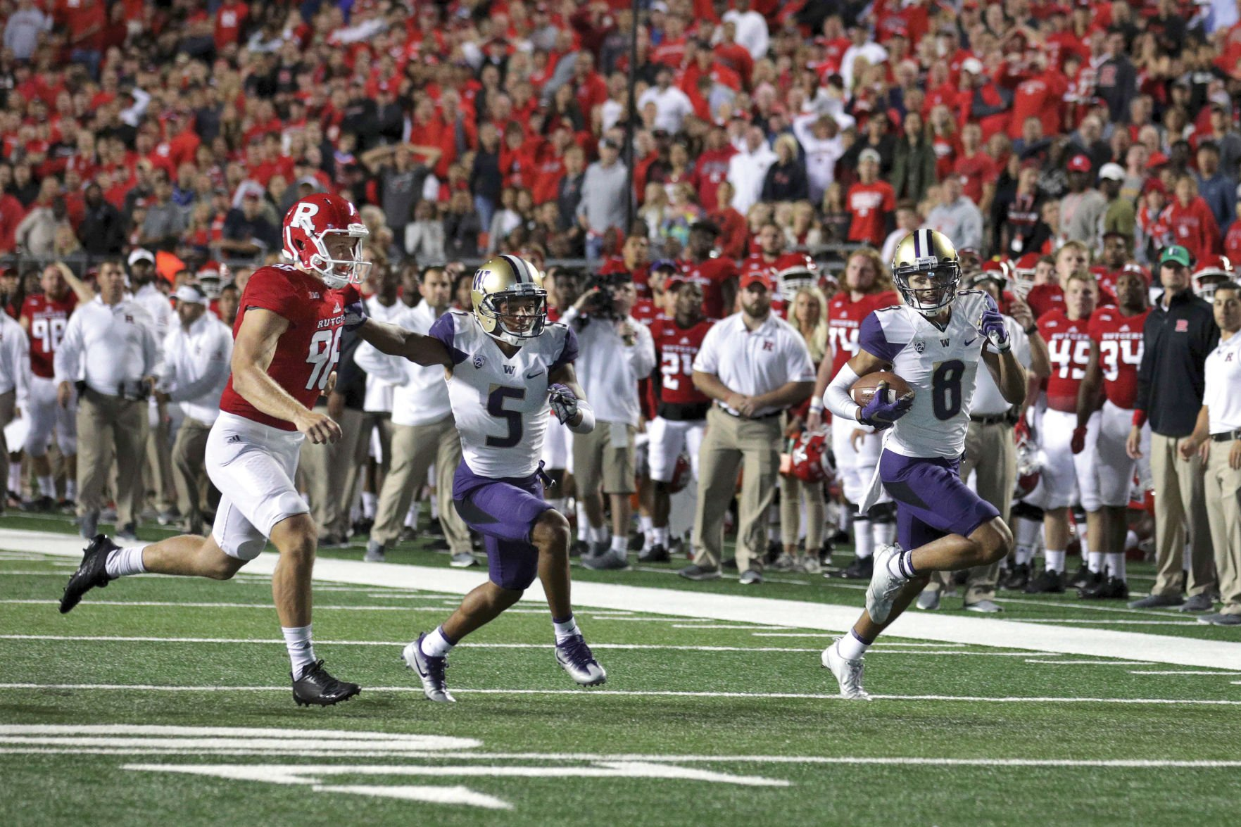 Washington Football survives Rutgers to win 30-14