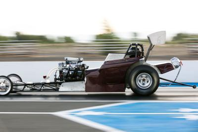200704-yh-sports-car-renegade-raceway-8.jpg