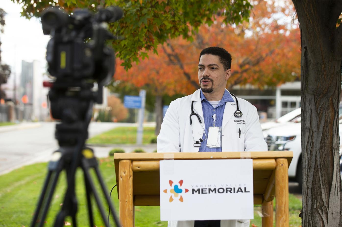 Dr. Bismark Fernandez