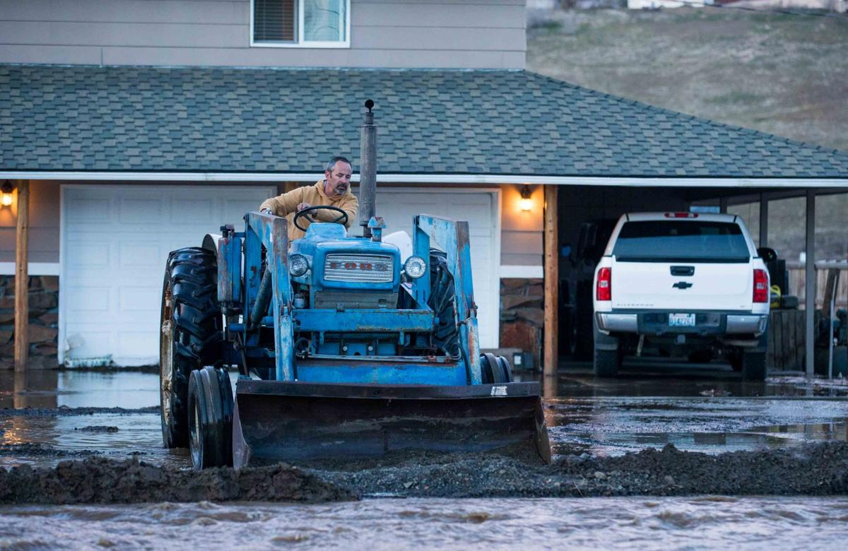 Rising waters plague Yakima's West Valley area  Flood Warning