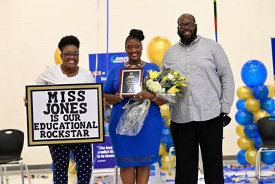 Oak Hill Elementary Teacher Named Teacher of the Year