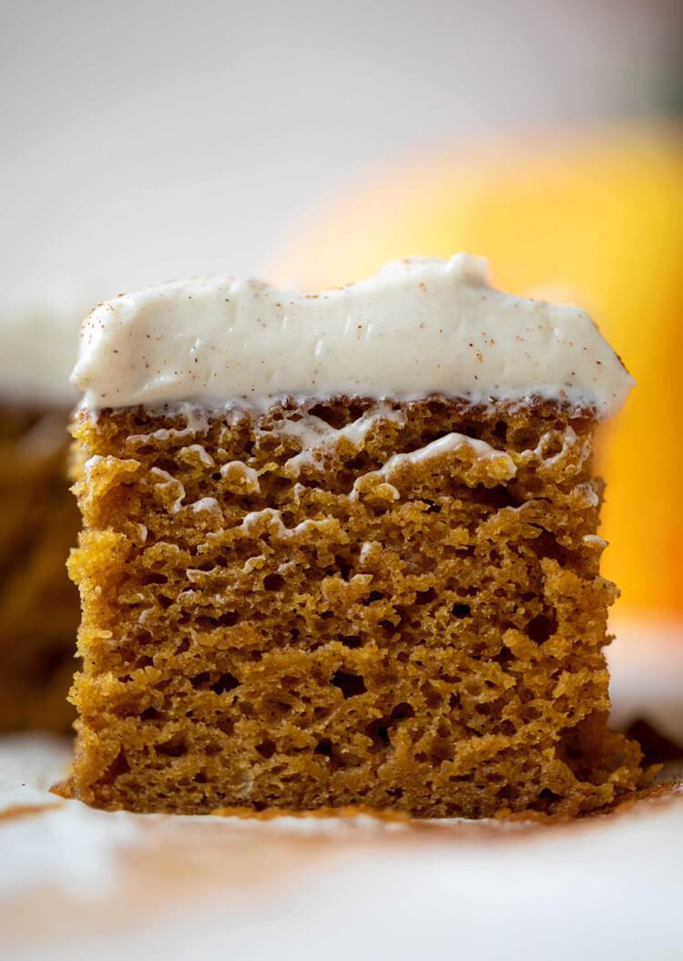 CHOW2-Pumpkin Dream Cake photo cred How Sweet Eats