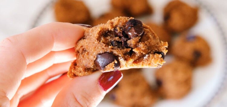 CHOW2-MAIN-Pumpkin Chocolate Chip Cookie cred A foodie stays fit