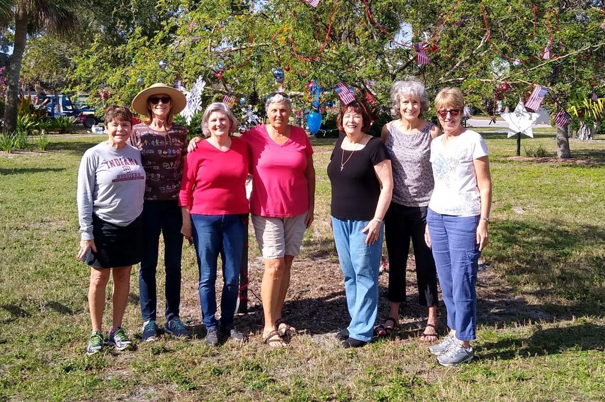 DAR Myakka Chppter helped decorate Blalcok Park for the holidays