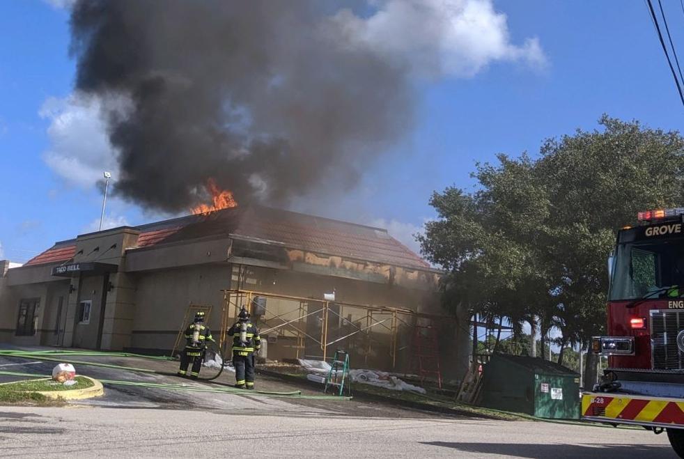 Englewood Taco Bell on fire | Englewood Sun | yoursun.com