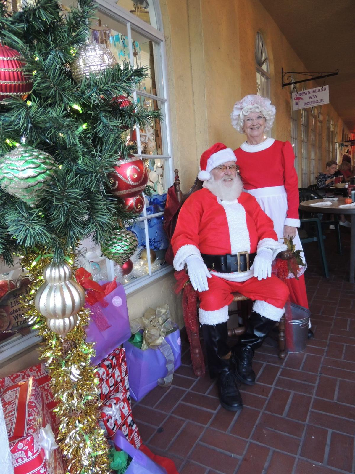 Ring in the holidays at Venice's Christmas Walk