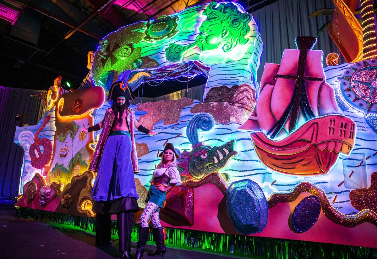 Universal S Mardi Gras Goes Big For 25th Year Of Festivities