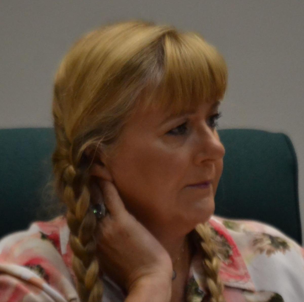 Cynthia Garren