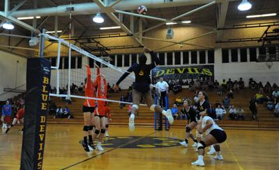 Winter Haven Bartow Volleyball 12