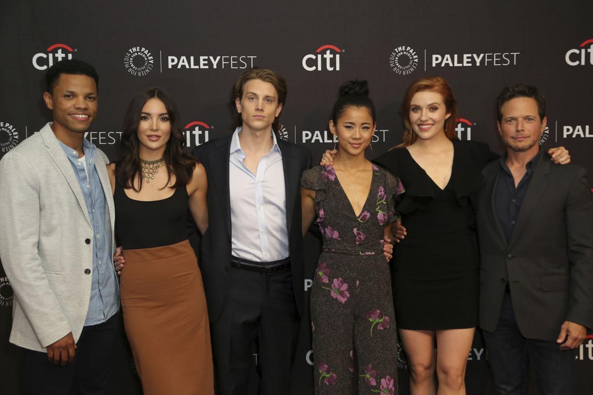 """""""Nancy Drew"""" cast"""