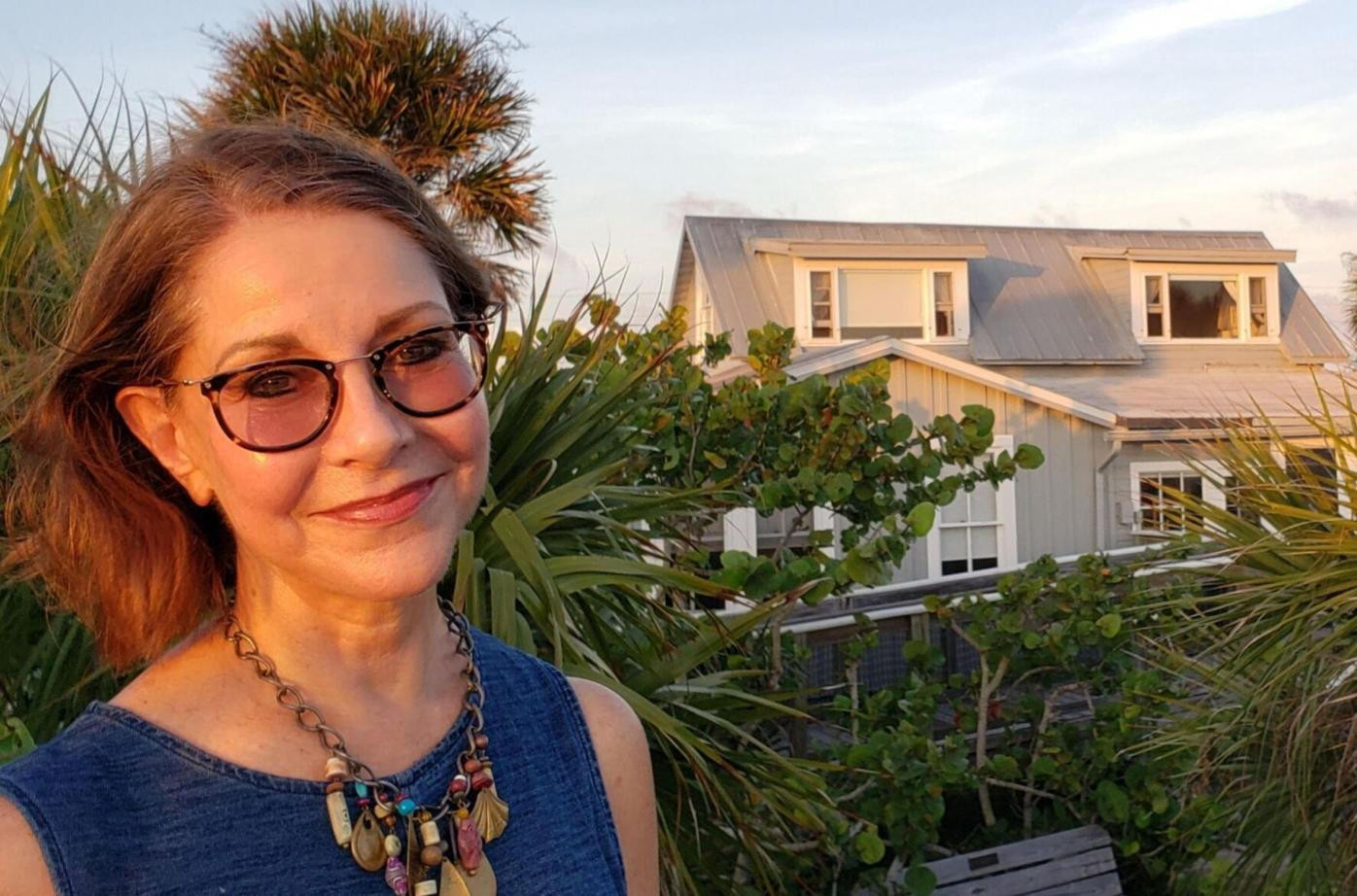 Hermitage founder retires