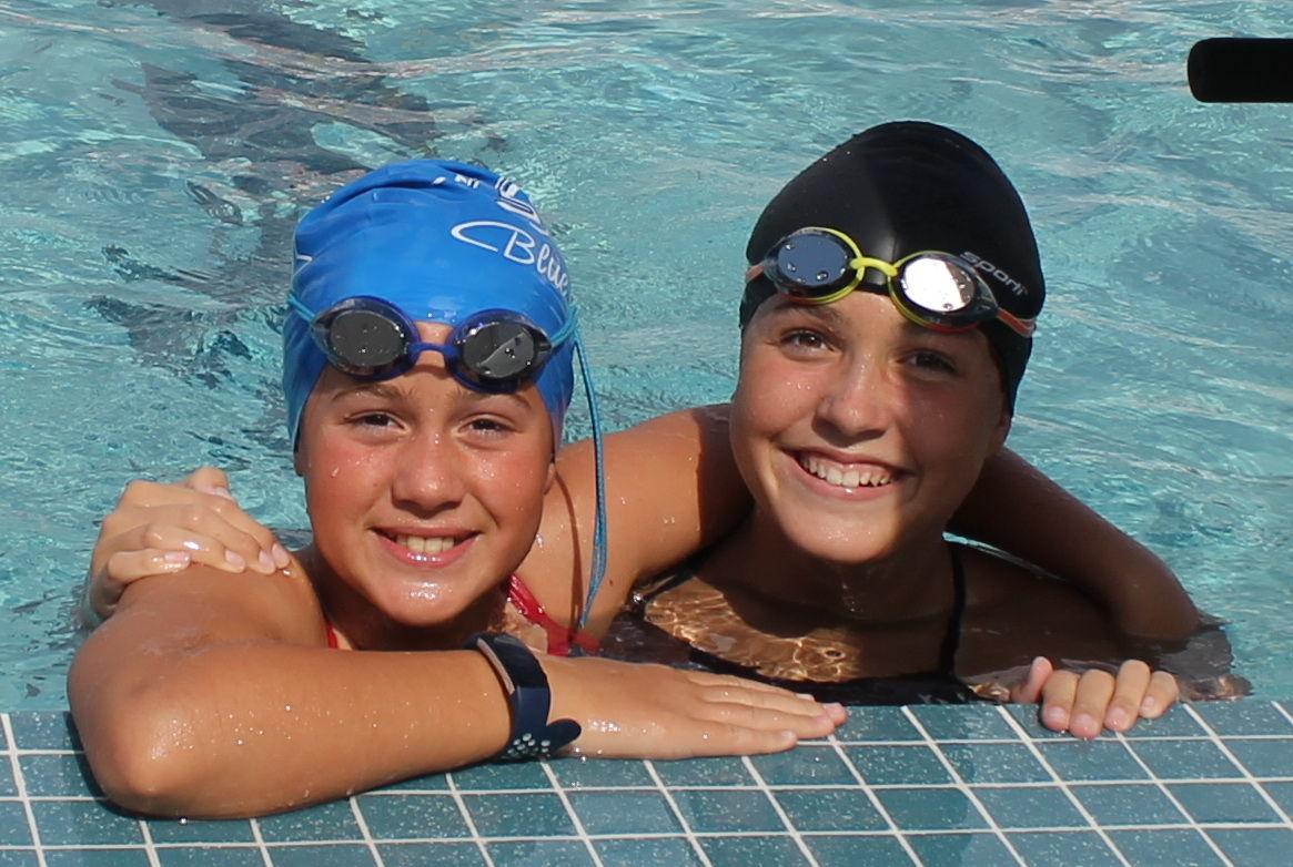 Swimmingb