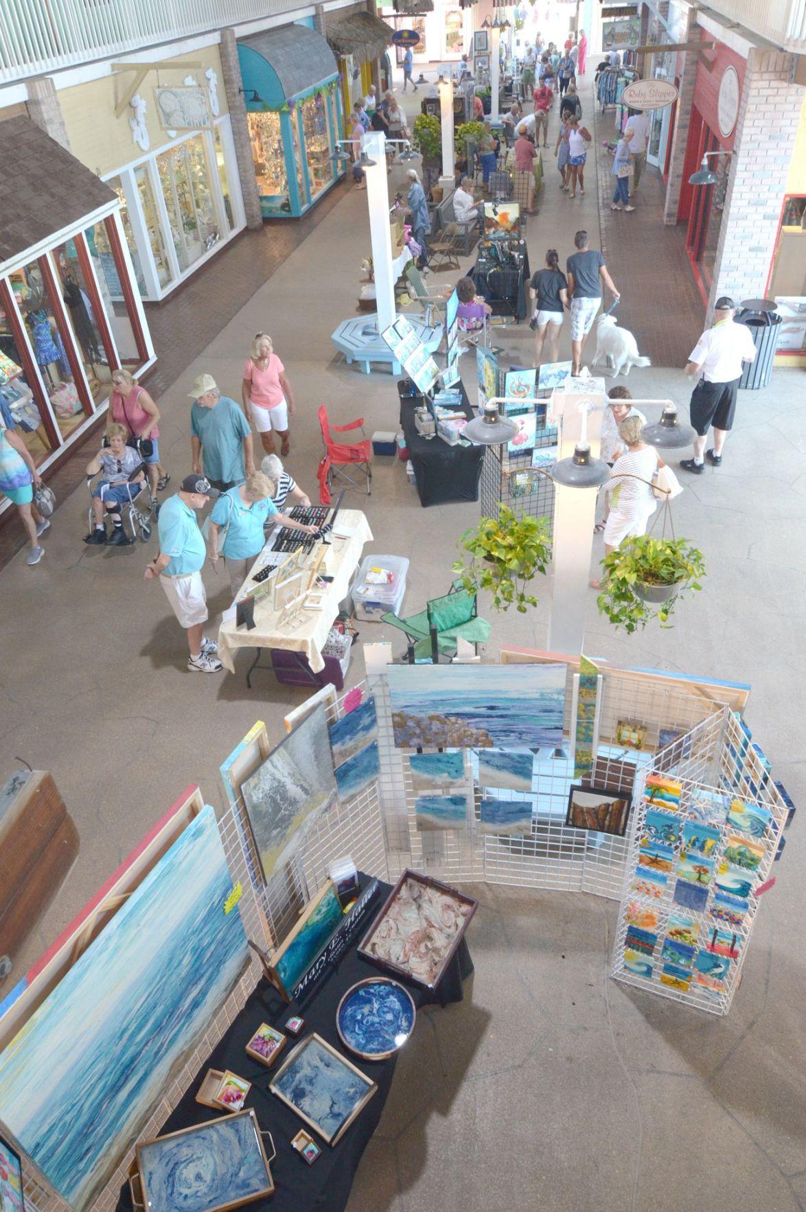 Artists showcase talent in Fishermen's Village