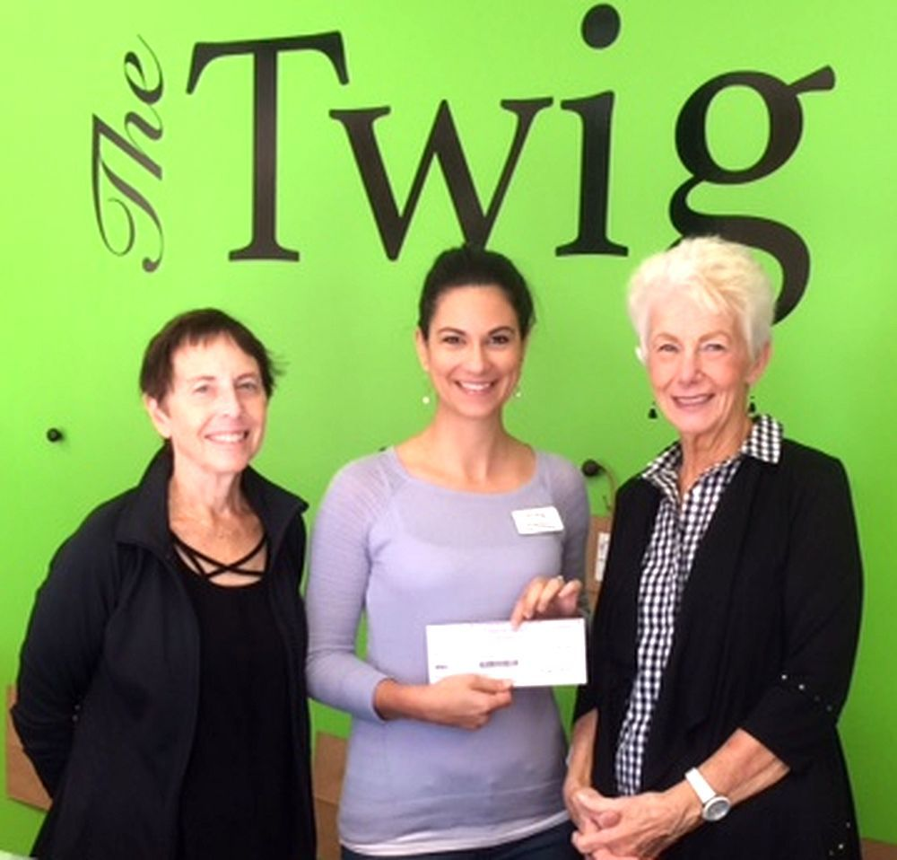 Giving Tree of Sawgrass gives to Twig