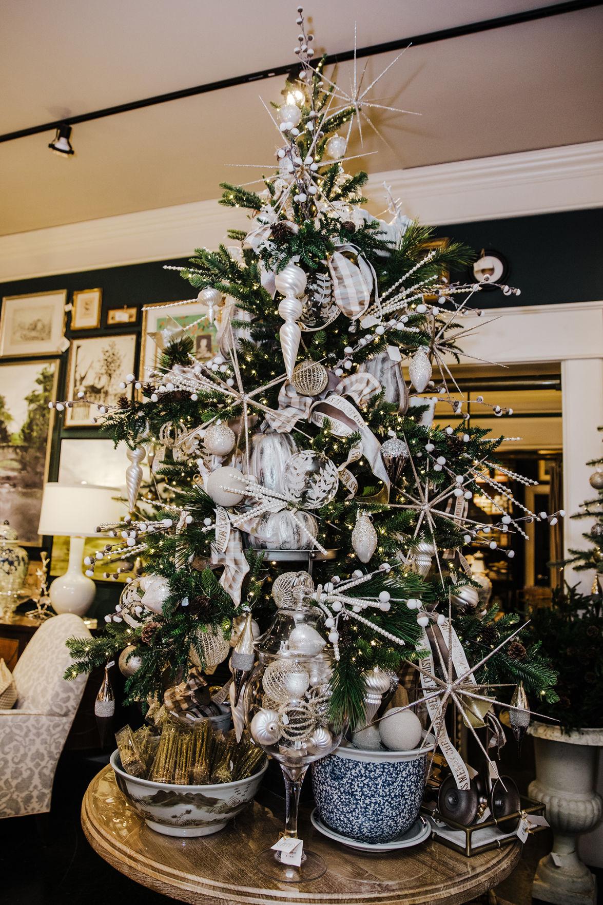 Metallic tree for the season