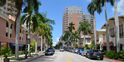 Taking a walk down Sarasota's artsy Palm Avenue