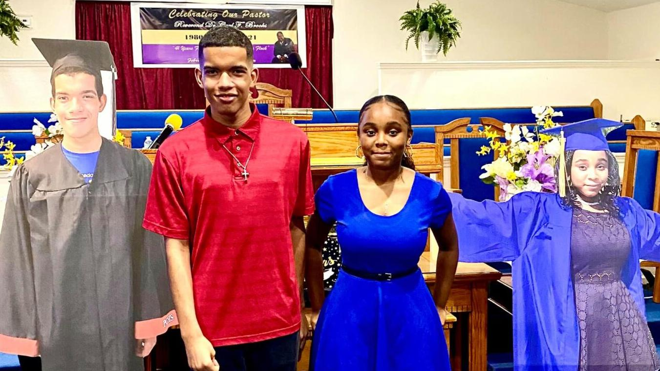 First Macedonia Church honors 2 local grads with scholarships