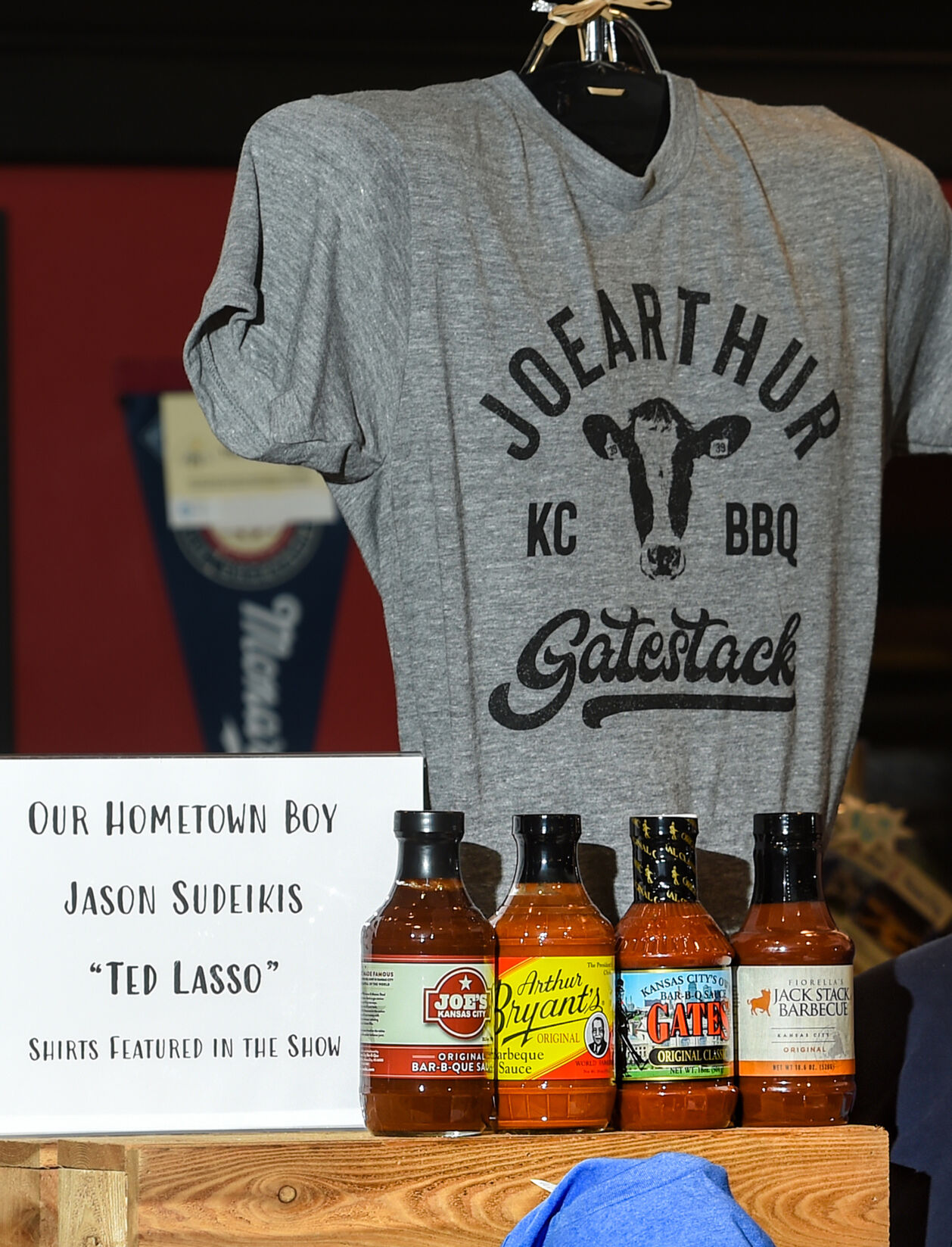 T-shirt and barbecue sauces