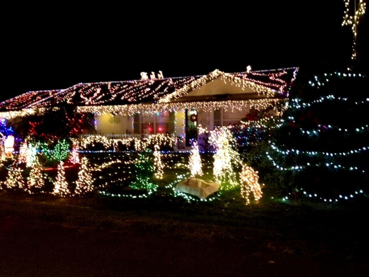 The Lights Before Christmas.Twas The Lights Before Christmas Highlands News Sun