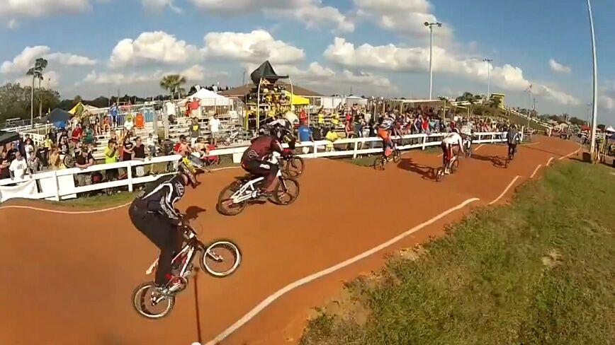 Riders-bumps.JPG