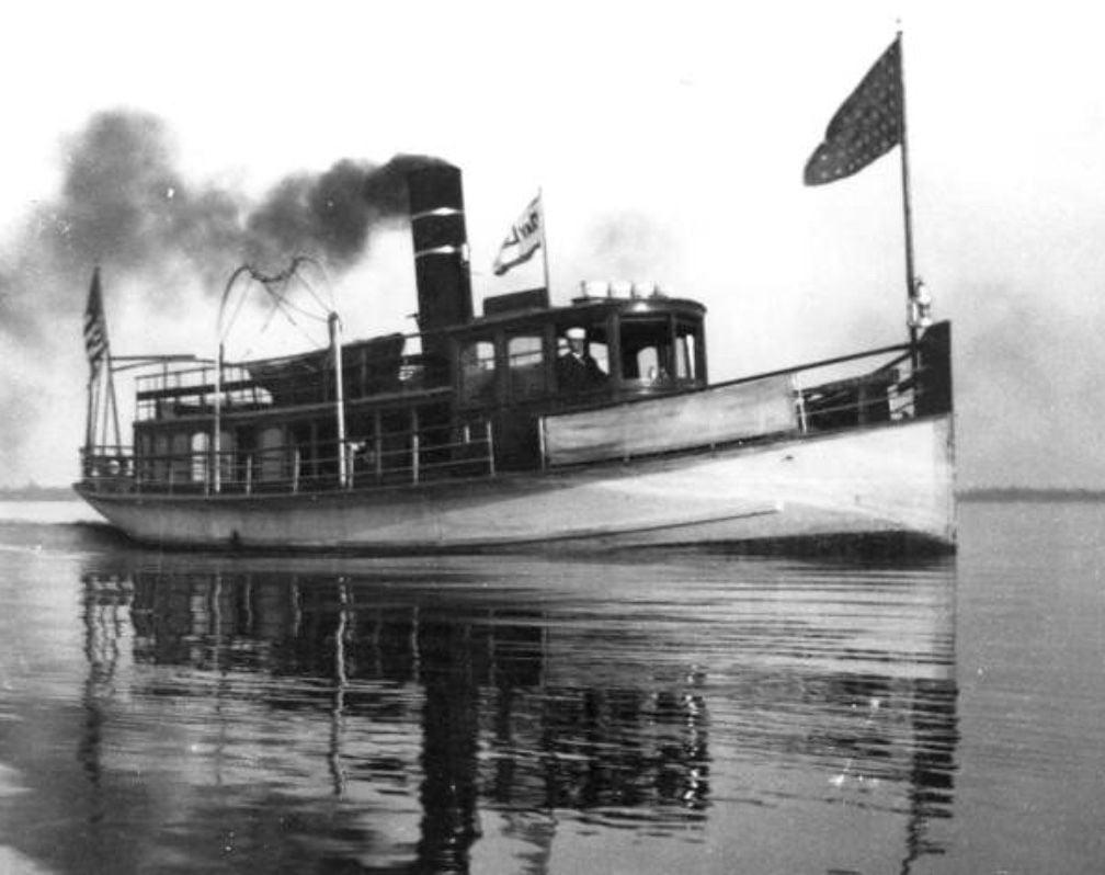 Keystone Steamboat on St. Johns River