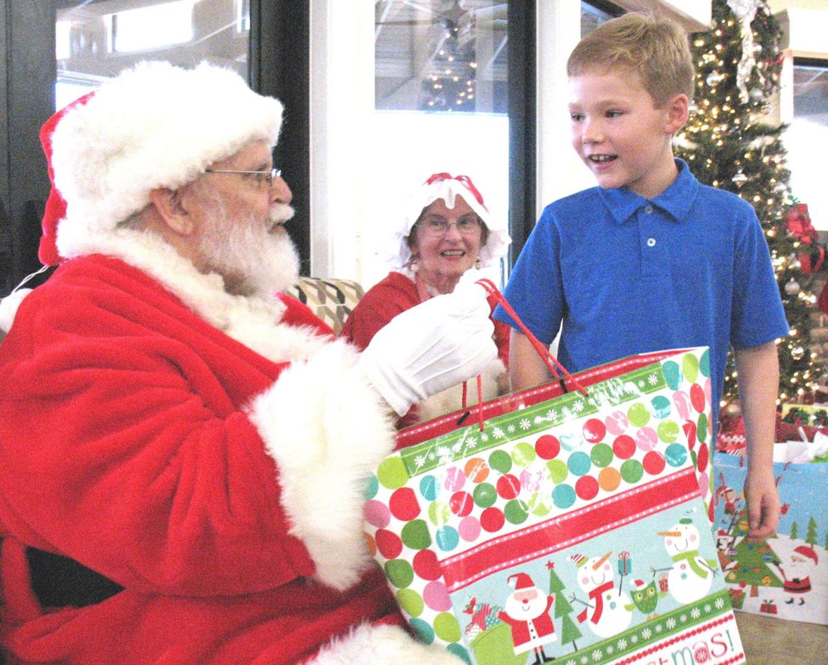 Big Brothers, Big Sisters celebrate the season