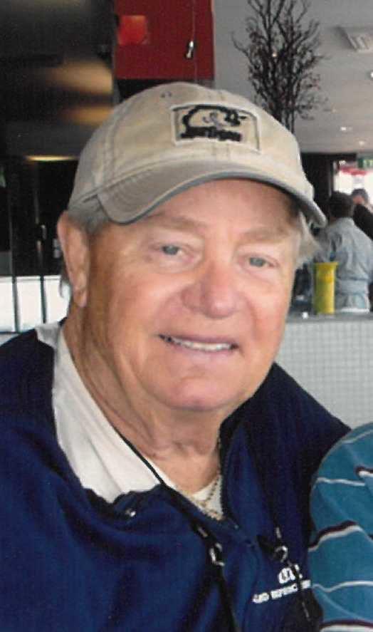 Roy J. Carlson photo