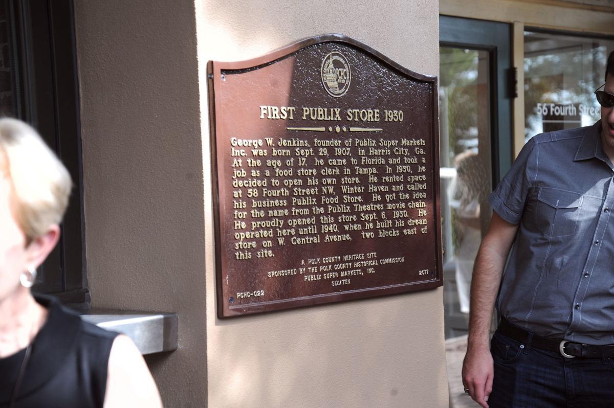 """Pub Lix"" historical marker installed"