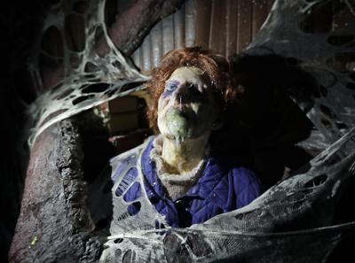 Halloween Horror Nights returning to Universal theme parks