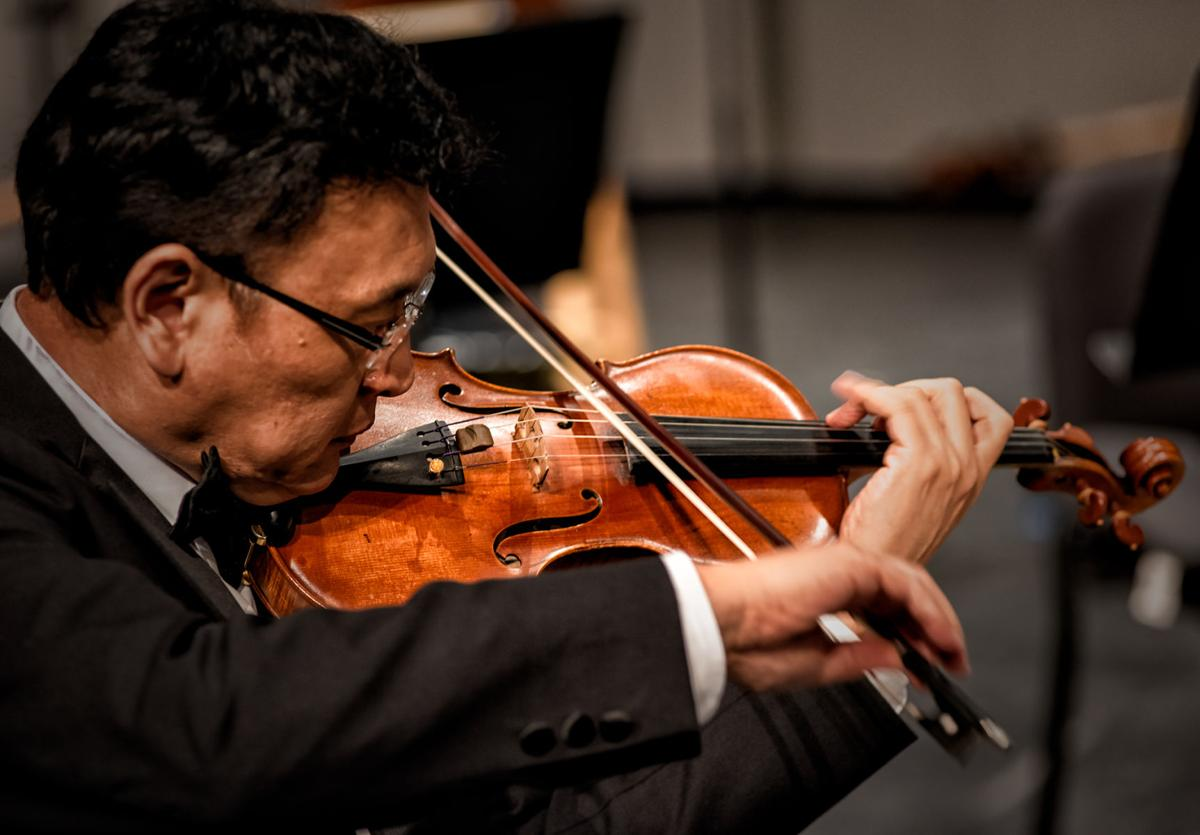 Gao performs with the Charlotte Symphony Orchestra