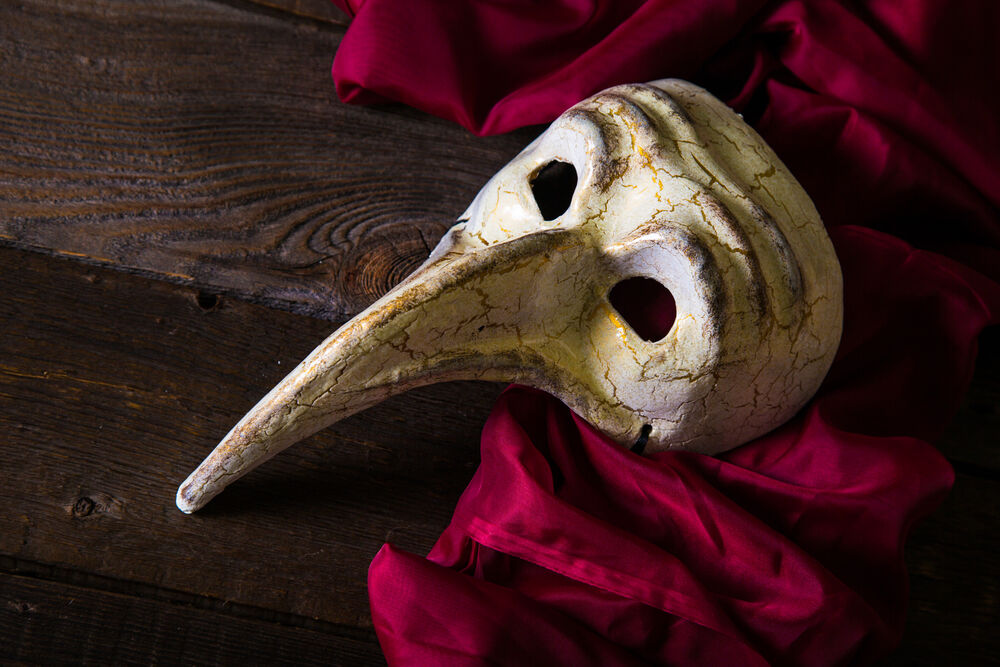 Plague mask worn by doctors