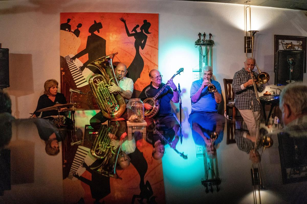 Ken Salvo's N'Awlins Jazz Band
